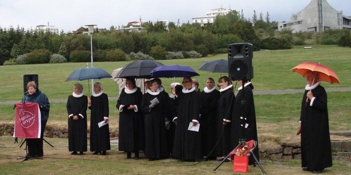 Við þvottalaugarnar í Laugardal 19. júní 2009